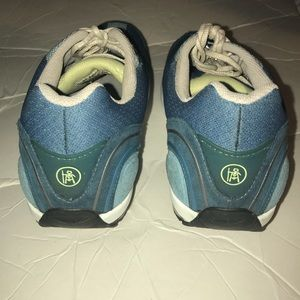 0932fba38e61 MBT Shoes - MBT Mahuta Technology Blue Walking Sneaker 10 10.5